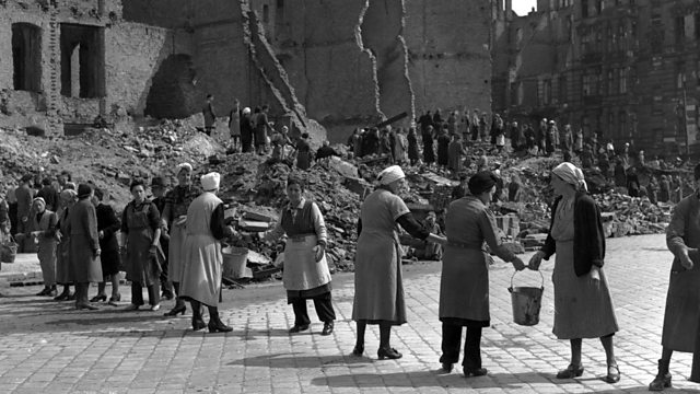 German rubble women